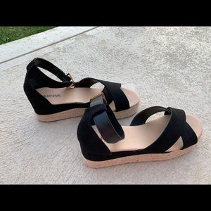 JustFab Elizaveta Wedge Sandal size 7.5